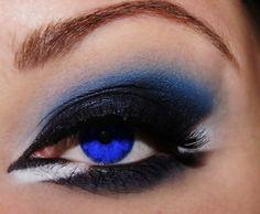Very cool makeup dark night, feeling blue, shadow, toronto blue jays, cobalt blue, makeup ideas, blue eye makeup, eyemakeup, blues