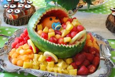 baby shower hors d'oeuvres | ... baby shower that we absolutely love – a baby carriage fruit tray