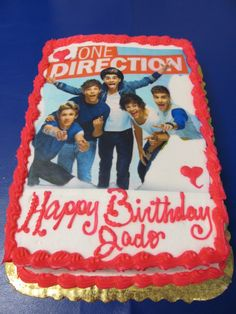 One Direction cake- OMG it's my dream cake and it already has my name on it!!!thats my bff s name hey Jade