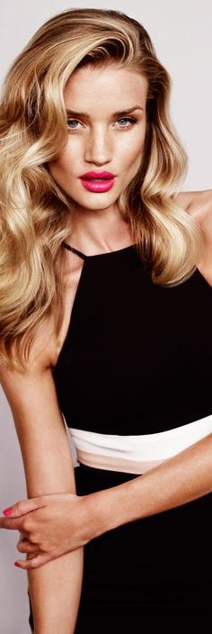 Rosie Huntington Whiteley hair long curls