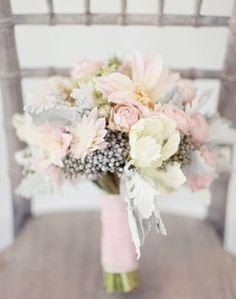pastel, wedding bouquets, soft colors, soft pink, pale pink, dahlia, bridesmaid bouquets, blush, flower