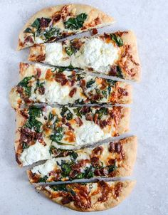 White Pizza w/ Spinach and Bacon / How Sweets Eats