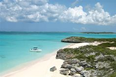 5 oh-so-secluded Caribbean beaches