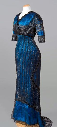 """This stunning dress is part of the Costume Gallery of the Pitti Palace in Florence. The only information I've been able to discover about it is that it was made in 1910 and was labeled """"Sartoria Brunelli"""" by one visitor."""