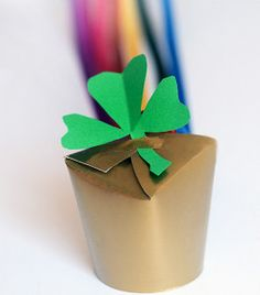 NEW COLLECTION! 12 St. Patrick's Day Crafts for Kids