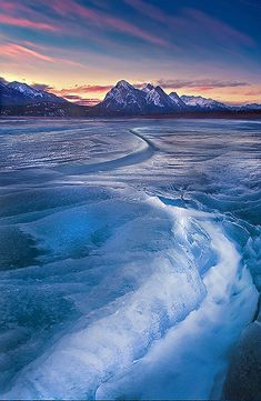 Abraham Lake - Alberta, Canada