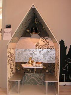 via miko design. great little girl's desk.