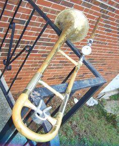 Vintage Reynolds Medalist Trombone w/Case Edit item   Reserve item  $135.00 DISCOUNTS