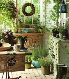 Love this potting garden room!