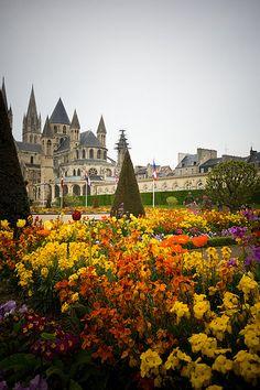 à Caen *région Normandie