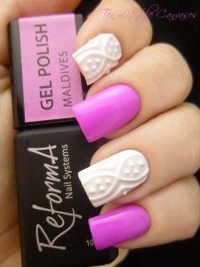 Weekly Mani: ReformA Maldives with White Relief Accent Nails   Ten Little Canvases
