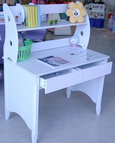 Kids study table idea on pinterest study tables kids for Study table for 2 kids