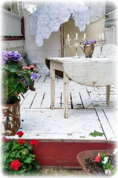 Summer deck made from pallets