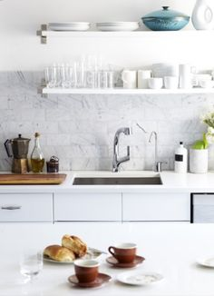 open shelves, marbl tile, subway tiles, open shelving, kitchen designs, white kitchens