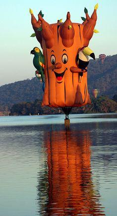 Hot air balloon, Canberra, Australia