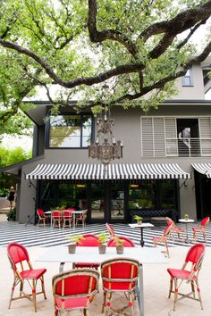 stripe awn, awning restaurant, awesom awn, color combinations, striped awning, patios, deck, exterior paint colors