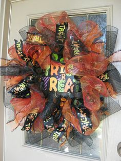 Pretty Halloween Wreath