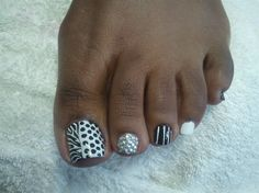 Nail Art Gallery by nailsmag.com