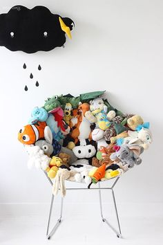 DIY stuffed-animal chair