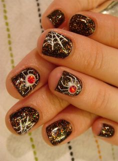 Spider Halloween Nail Idea...even though I hate spiders!!!! art crafts, diy art, nail art designs, nail arts, spider, nail ideas, halloween ideas, halloween nail art, halloween nails