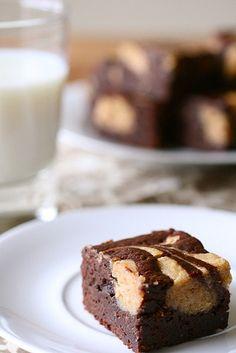 peanut butter cheesecake swirl brownies