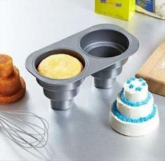 cupcak, tiered cakes, mini wedding, wedding cakes, bridal shower, shower idea, cake pans, mini cakes, parti