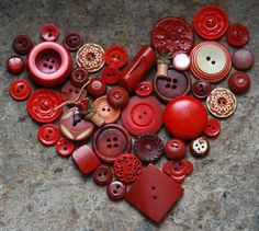 love out of vintage buttons...