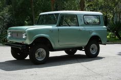 1964 International Scout 80, yes please. And in that color