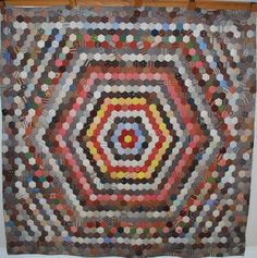 Quilts-Vintage and Antique: hexagon quilt