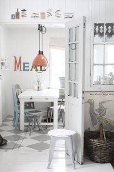 Wall graphics for kitchen