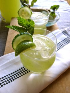 Exotic mojito: Cucumber Mojitos, yes I LOVE mojitos ! Pin It To Win It: https://docs.google.com/forms/d/1-p7ci16H2KQkNgoJ9Q8HDXW3UQkf-BML8qTUVCr5HOc/viewform