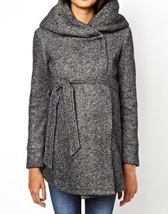 Finding it difficult to find a warm maternity coat for work that's still stylish.