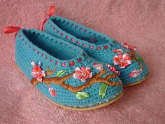 "Tutorial -  Embroidered slippers ""Sakura"""