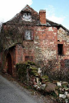 Cottage - Collonges-La-Rouge, Perigord, France