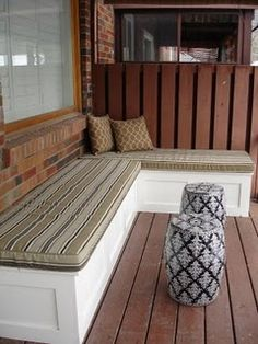 Great bench area for patio.