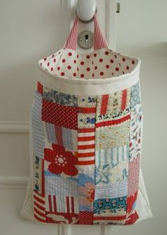 cute........ is this for grocery bags? good idea!