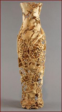 Nairi Safaryan | Untitled Vase, boxwood