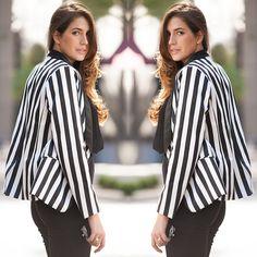 #stealthelook #look #looks #streetstyle #streetchic #moda #fashion #style #estilo #inspiration #inspired #blazer #listras #striped