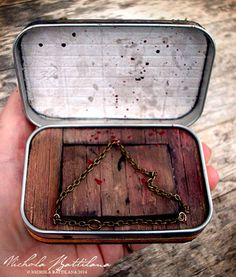 The Evil Dead Altered Altoid Tin - MISCELLANEOUS TOPICS open (and lift the chain to see inside creepy)