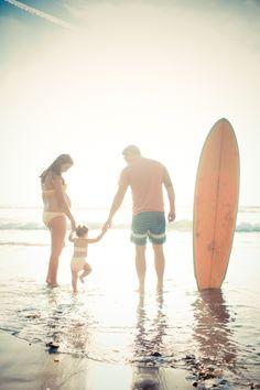 surf famili, beach photos, family portraits, at the beach, famili portrait, beach photography, beach family photos