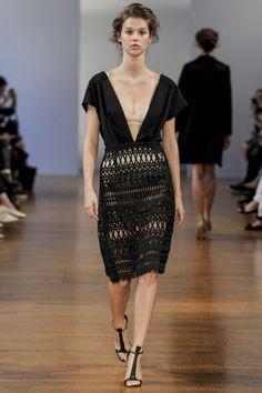 Sfilata Collette Dinnigan Paris - Collezioni Primavera Estate 2014 - Vogue
