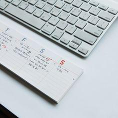 Desk-It Weekly Calendar