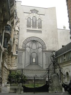 hidden, in Paris