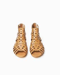 Cute Cutout Sandals