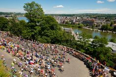 The peloton climbs towards the Citadel in Namur during the second stage on July 2, 2012.  #tour_de_france #biking #france