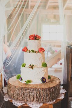 rustic buttercream cake | Jennifer Ling Photography | Glamour & Grace