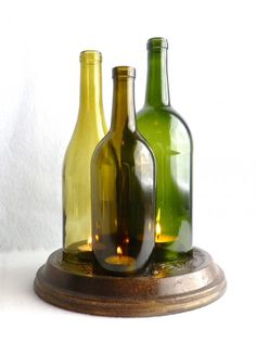 27+ Creative & Inspiring Ideas of How to Recycle Wine Bottles Into Pieces of Art  [ Read More at www.homesthetics.net/27-creative-inspiring-ideas-recycle-wine-bottles-pieces-art/ © Homesthetics - Inspiring ideas for your home.]