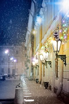 Let the winter fairytale begin in #StPetersburg!  #RadissonBlu  #NewYear http://www.radisson.ru/en/hotel-stpetersburg