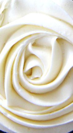Marshmallow Vanilla Buttercream Frosting HH\