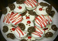 Christmas themed chocolate covered oreos